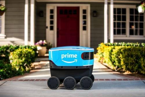 アマゾンの6輪の小型配送ロボット「Scout(スカウト)」