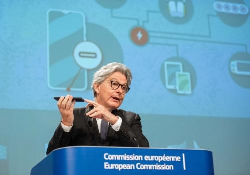 プレスカンファレンスに登壇した欧州委員会のThierry Breton氏 役職はEuropean Commissioner for Internal Market(出所:欧州委員会)