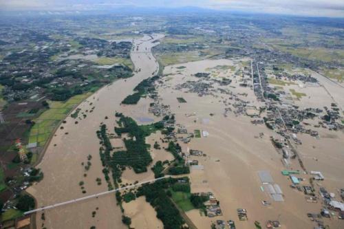 2015年9月10日の関東・東北豪雨で一帯が浸水した鬼怒川下流域(写真:国土交通省関東地方整備局)