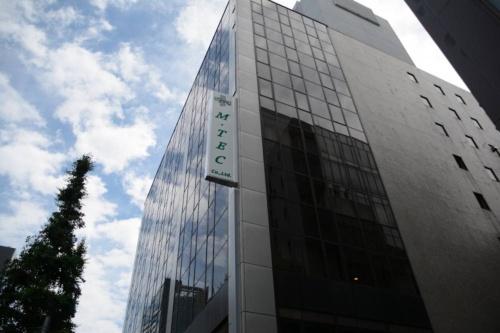 エム・テックが入居する東京都中央区のビル(写真:日経コンストラクション)