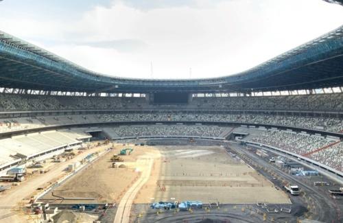 2019年5月に撮影した新国立競技場のスタジアム内部。19年11月末の完成を予定している(写真:大成建設・梓設計・隈研吾建築都市設計事務所JV/JSC)