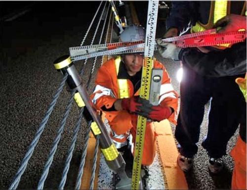 関テクハイ橋では、支柱の頂部が最大40cm変位した(写真:国土交通省)