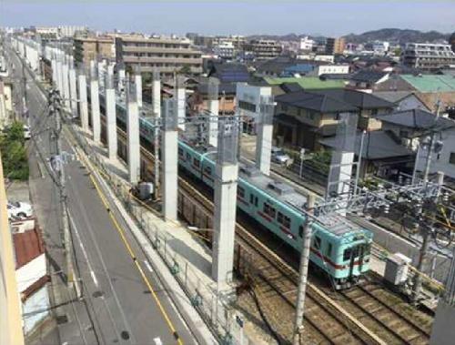 福岡県は西鉄天神大牟田線の春日原―下大利間の約3.3kmで軌道の高架化を進めている。写真は2018年6月ごろの様子(写真:福岡県)