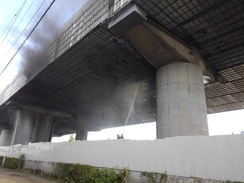 火災が起きた東名高速道路の中吉田高架橋(写真:中日本高速道路会社)