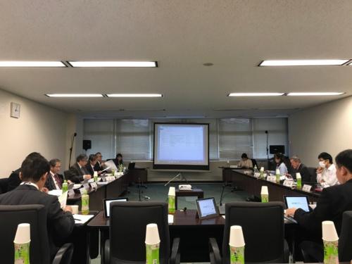 1月30日に開催した大規模盛土造成地防災対策検討会の第5回会合(写真:日経コンストラクション)