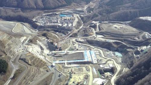 成瀬ダム本体工事の様子。写真は2020年11月時点(写真:国土交通省成瀬ダム工事事務所)
