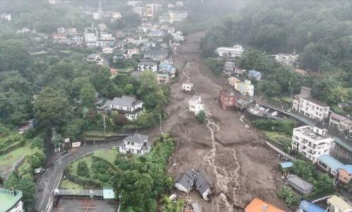 2021年7月3日に静岡県熱海市で発生した土石流災害。死者・行方不明者が30人近くに上り、約130棟の家屋が被害を受けた(写真:国土交通省)