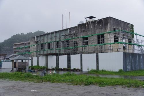 岩手県大槌町の旧役場庁舎。東日本大震災で被災。津波によって、職員28人が犠牲となった。2018年8月28日撮影(写真:日経アーキテクチュア)