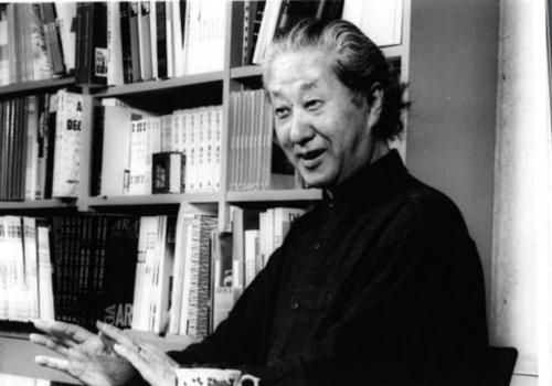 第46回のプリツカー建築賞を受賞した磯崎新氏。1996年に撮影(写真:藤野 兼次)