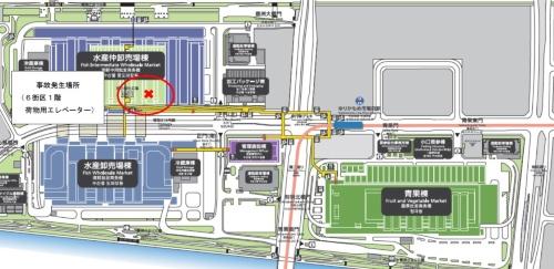 事故発生現場を示す平面図。中央卸売市場管理部によると、ターレを運転していた男性は、一時停止せずに扉が閉まりかけていたエレベーターに進入した(図:東京都中央卸売市場)
