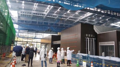 南町田駅の南北自由通路の施工状況(写真:日経 xTECH)