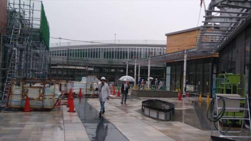 南町田駅前(南側)の施工状況(写真:日経 xTECH)