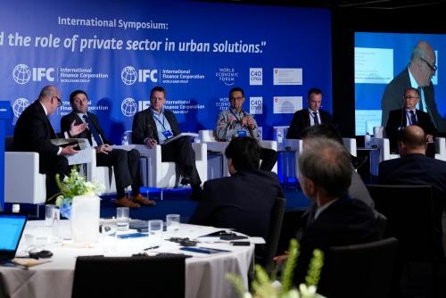 2019年5月20日開催の国際シンポジウム「都市課題の解決に向けて民間セクターが果たす役割」の様子(写真:IFC)