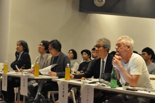 公開審査の風景。左から陣内氏、広井氏、北山氏、山本氏、ムーア氏(写真:LRA実行委員会)