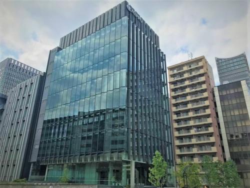 NIPPO本社の外観。東京都文京区で進めていた小石川マンション事業を巡って指定確認検査機関を提訴した(写真:日経 xTECH)