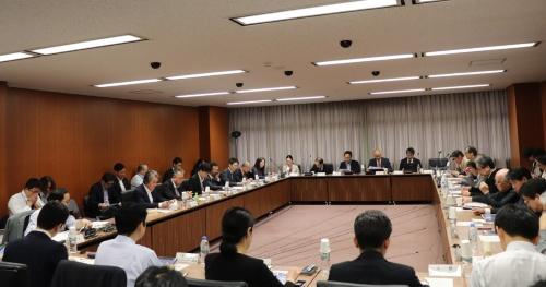 国土交通省と経済産業省が2019年10月24日に開いた合同会議の様子(写真:日経アーキテクチュア)