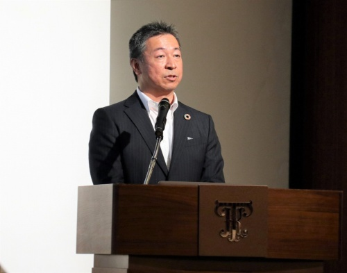 MEC Industryの森下社長は2020年7月27日の会見で「建築の既存の枠組みをイノベーションする会社を目指す」と語った(写真:日経クロステック)