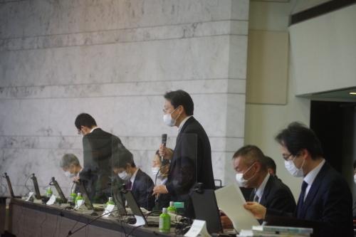 検討会の冒頭で挨拶した国土交通省の和田信貴・住宅局長(写真:日経クロステック)