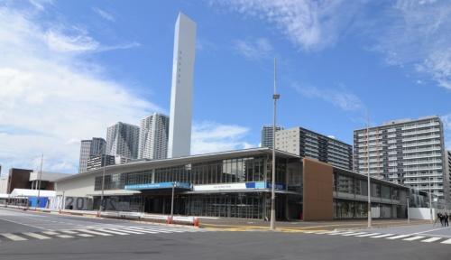 南側から見た「メインダイニングホール」の外観(写真:日経アーキテクチュア)