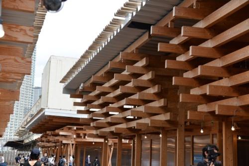 軒下ディテール(写真:日経アーキテクチュア)