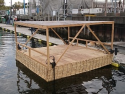 海床ロボットの試験機。これを改良して実証実験に挑む予定だ(資料:竹中工務店)