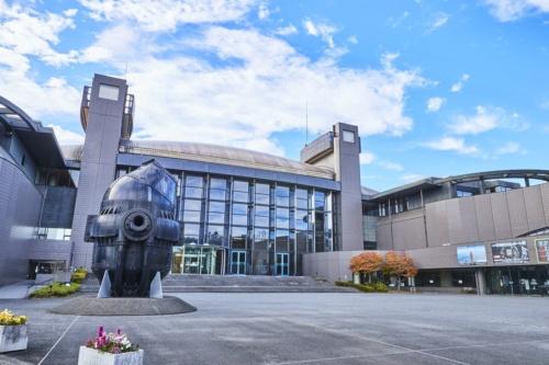 浸水被害を受ける前の川崎市市民ミュージアムの外観(写真:川崎市)
