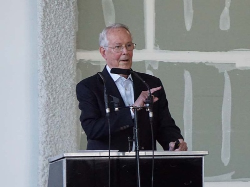 米スタンフォード大学のジェームズ・ギボンズ名誉教授