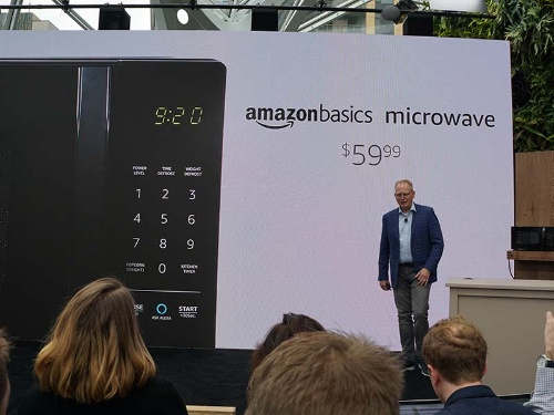 59.99ドルと安価なAlexa搭載電子レンジ「AmazonBasics Microwave」
