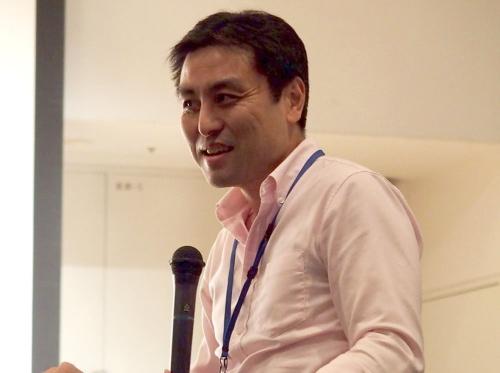急きょ、一般参加者席から意見を求められた成蹊大学教授の塩澤一洋氏