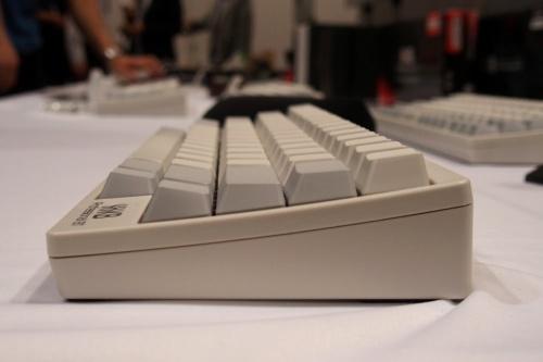 こちらは、PD-KB600のステップスカルプチャー。キートップ角度の変化が大きい