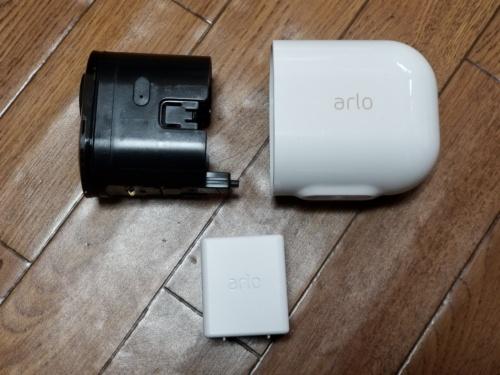 Arloカメラはバッテリーを内蔵