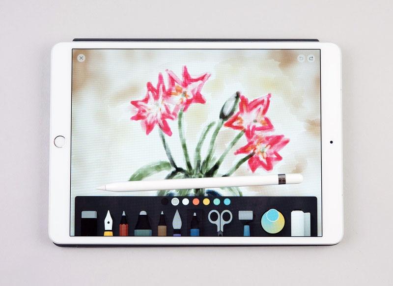 iPadとの相性は最高で紙とペンのような感覚で手書きできる