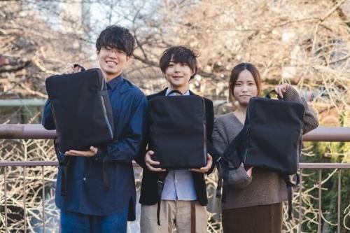 ドリップの平岡雄太代表取締役COO(左)、堀口英剛代表取締役CEO(中央)、大竹理子氏(右)