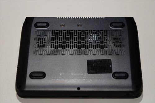 GPD MicroPCの底面