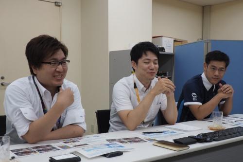 左からNTT東日本 経営企画部営業戦略推進室の影澤潤一担当課長、同 金基憲氏、TERA HORNsの選手代表として同席した柴田氏
