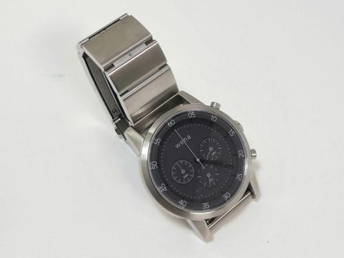 ソニーの「wena wrist(ウェナリスト)」が組み込まれた「Chronograph Silver」モデル。当時の支援金額は5万9800円