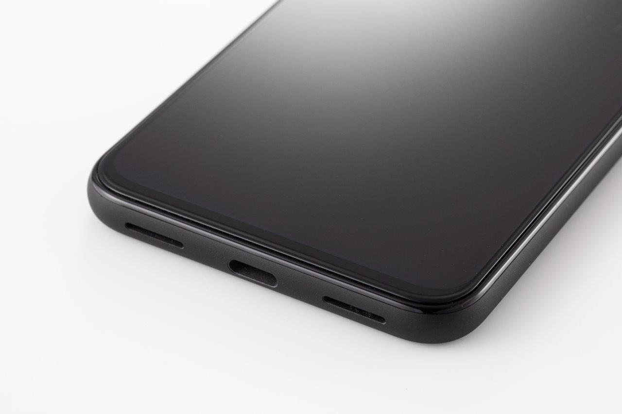 USBポートはUSB Type-Cで急速充電に対応。ワイヤレス充電にも対応する (撮影:スタジオキャスパー)