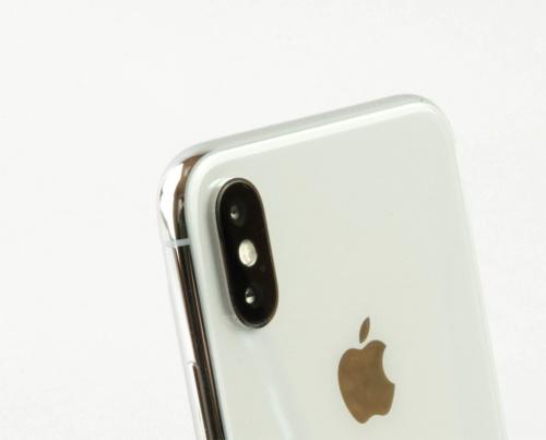 iPhone Xはデュアルカメラを搭載する