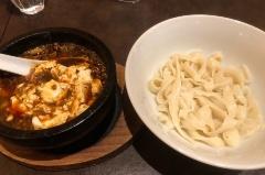 麻婆豆腐つけ刀削麺