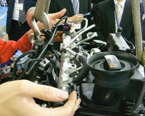 図7 直列3気筒ディーゼルエンジンのコモンレール