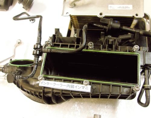 図14 インタークーラー内蔵型の吸気マニホールド