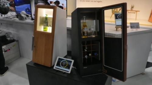 Shiftallの「DrinkShift」専用冷蔵庫