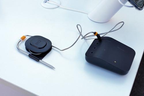 既存のグリルをスマート化できる「Weber Connect Smart Grilling Hub」