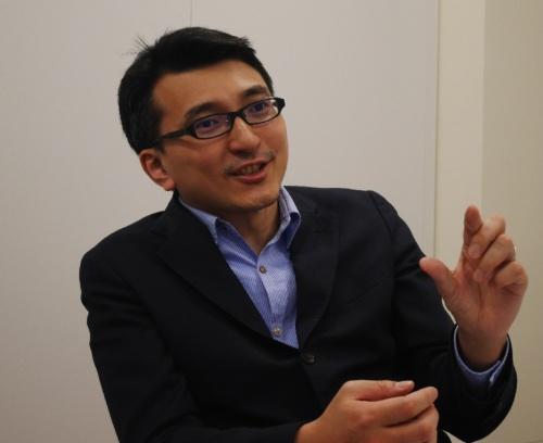 立命館大学情報理工学部の谷口忠大教授は、パナソニックビジネスイノベーション本部の客員総括主幹技師でもある。産学の「クロスアポイントメント制度」を適用した最初の例