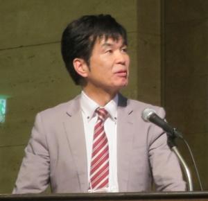 外務省 軍縮不拡散・科学部通常兵器室の南健太郎上席専門官