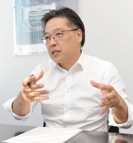 UDトラックスのダグラス・ナカノ(Douglas Nakano)氏