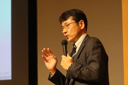 日経BP総研の桑原豊上席研究員(写真:都築雅人)
