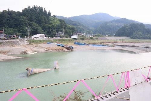 大洲市大川地区では大成橋が流された(写真:日経コンストラクション)