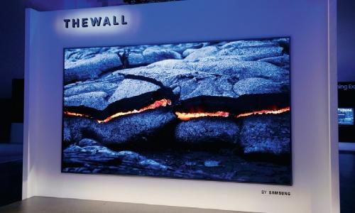 図1 146型のマイクロLEDテレビ「The Wall」