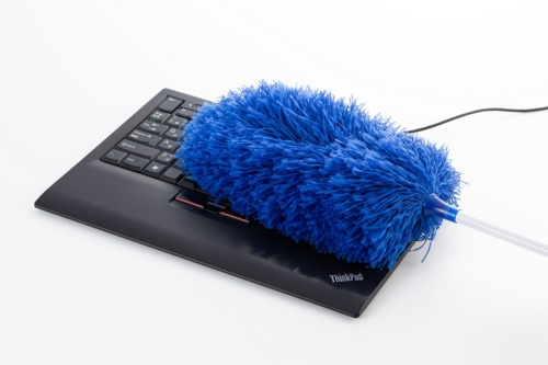 ノートパソコンのキーボードを楽々と清掃